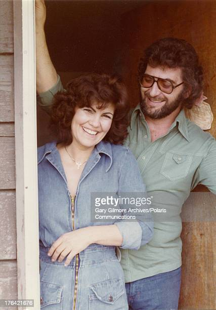 Portrait of Brenda Nicol and her husband Johnny Nicol as they pose in a doorway Provo Utah 1977 A cousin of convicted felon Gary Gilmore Brenda Nicol...