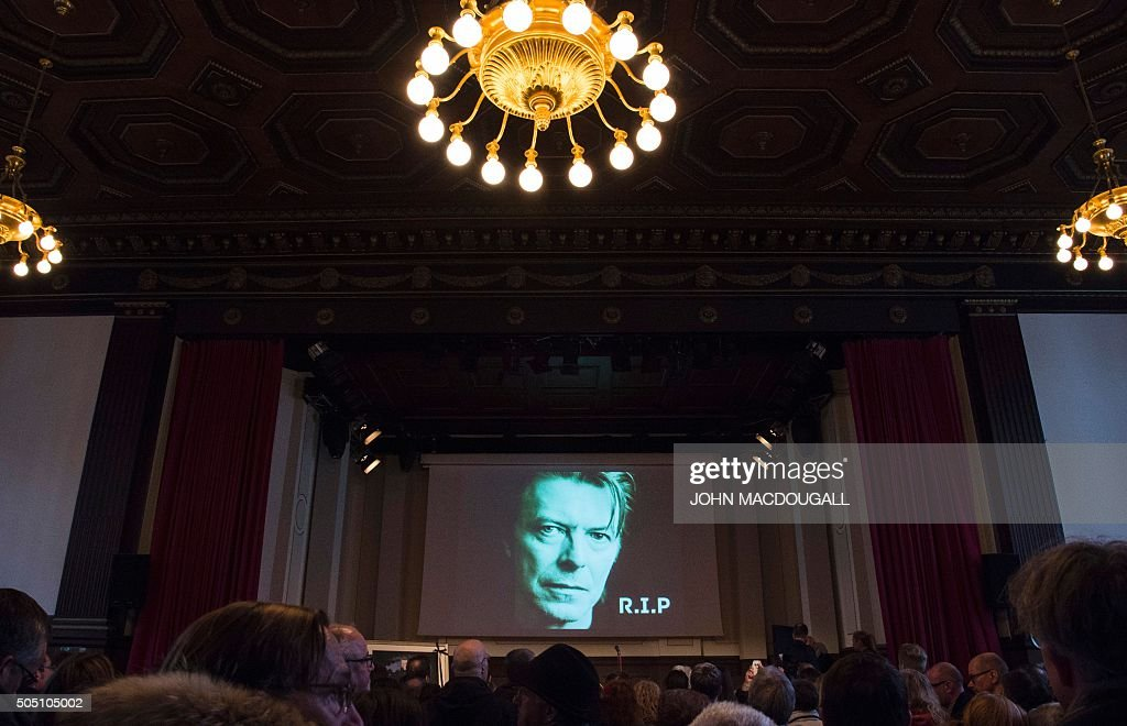 GERMANY-BRITAIN-MUSIC-BOWIE-MEMORIAL : News Photo