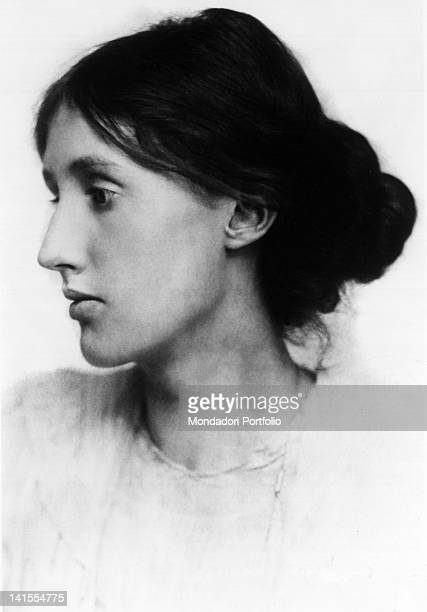 Portrait of British writer Virginia Woolf 1900s