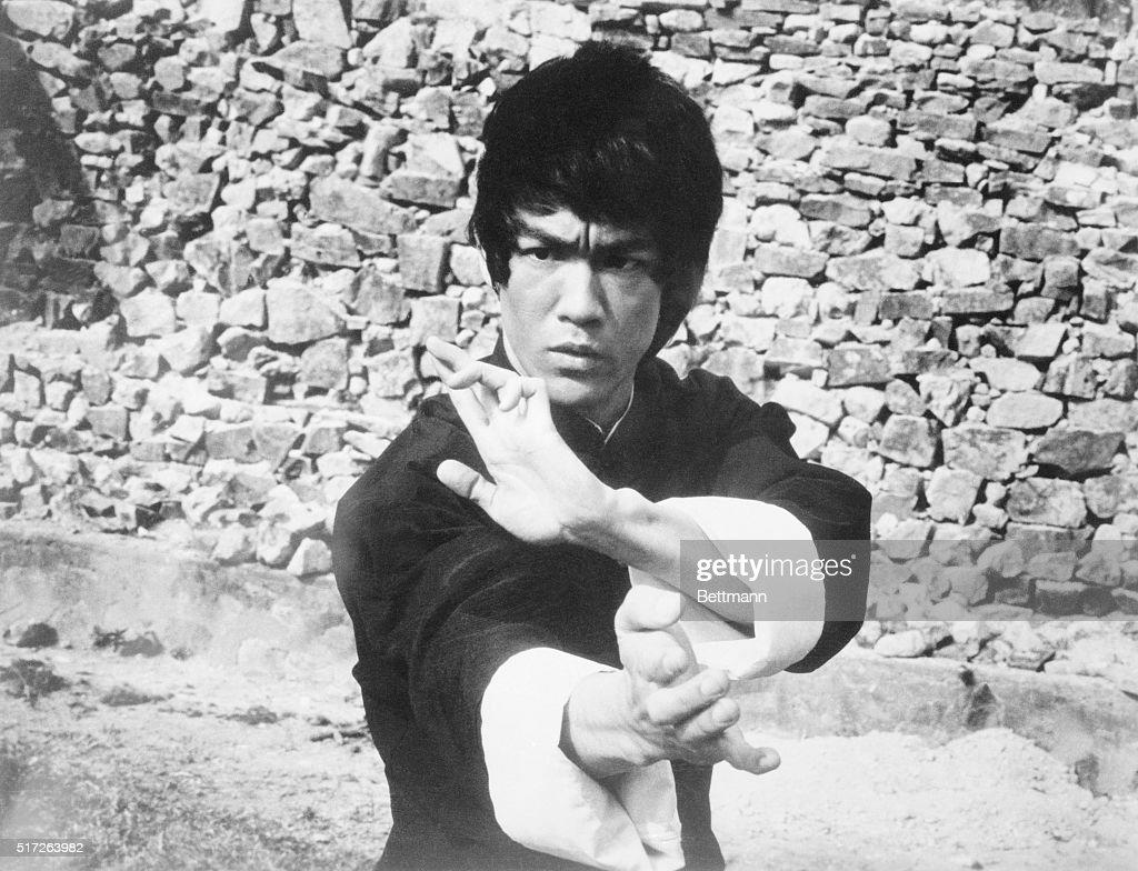 Portrait of Bruce Lee : News Photo
