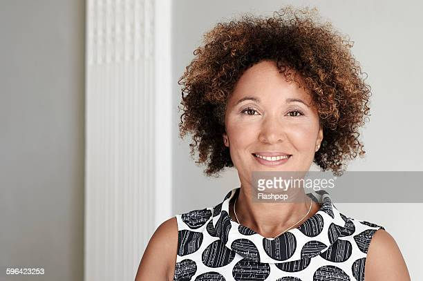 portrait of business person - mid length hair stock pictures, royalty-free photos & images