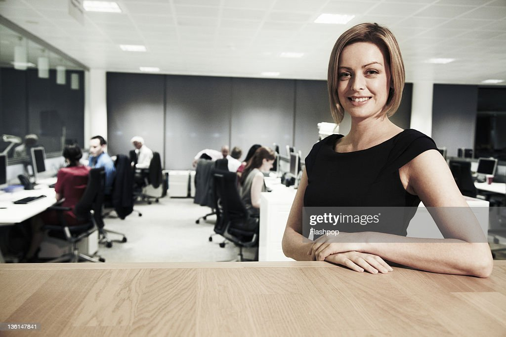 Portrait of business woman at the office : Stockfoto
