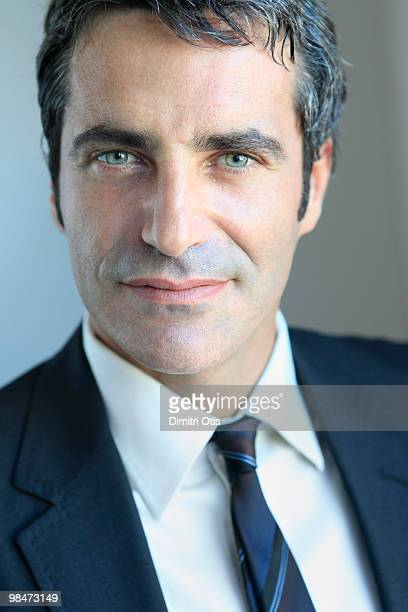 portrait of businessman, close-up - mid adult men stock pictures, royalty-free photos & images