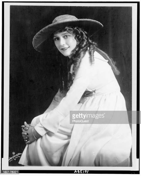 Portrait of Canadian actress Mary Pickford 1921