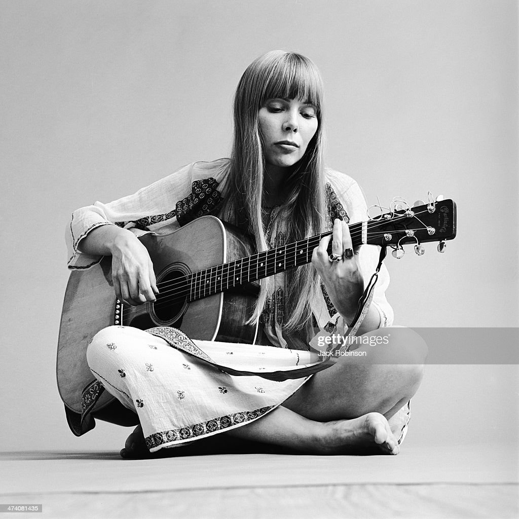 Canadian singer-songwriter was born on 7 November 1943