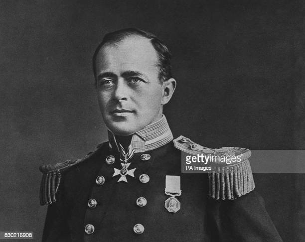 A portrait of Captain Robert Falcon Scott CVO RN in naval uniform c1910 Scott led the illfated British expedition to the South pole and perished with...