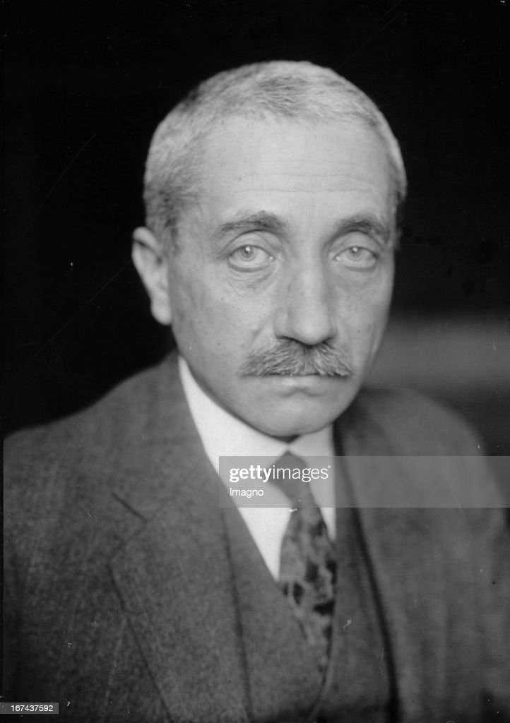 Portrait of Carl Melchior. Owner of the bank company M. M. Warburg & Co. About 1930. Photograph. (Photo by Imagno/Getty Images) Portrait Carl Melchior. Inhaber des Bankhauses M.M.Warburg & Co. Um 1930. Photographie.