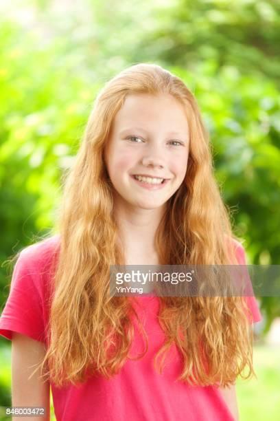 retrato de caucasiano adolescente com cabelo vermelho - cabelo ruivo - fotografias e filmes do acervo