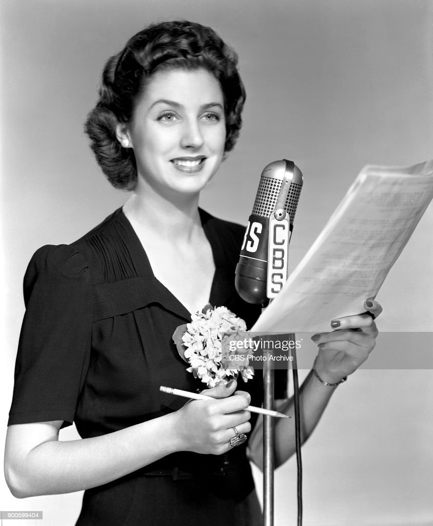 Portrait of CBS Radio actress Elizabeth Reller. She performs as Ann on the soap opera, Young Dr. Malone. New York, NY. June 1, 1941.