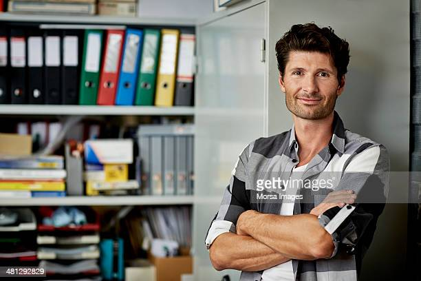 portrait of confident architect - チェックシャツ ストックフォトと画像
