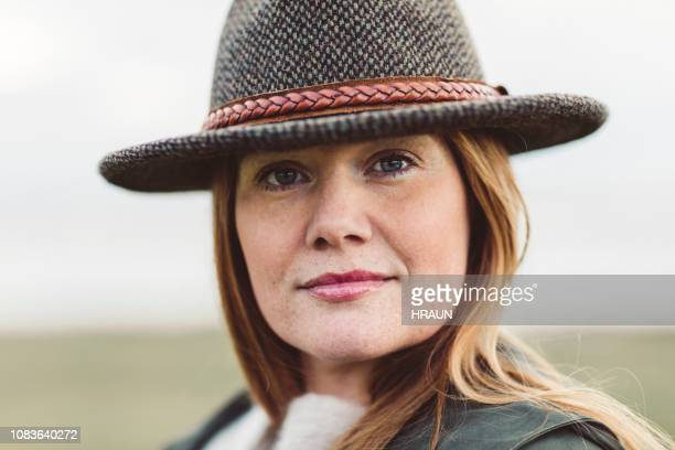 portrait of confident mature woman outdoors - grey eyes stock pictures, royalty-free photos & images