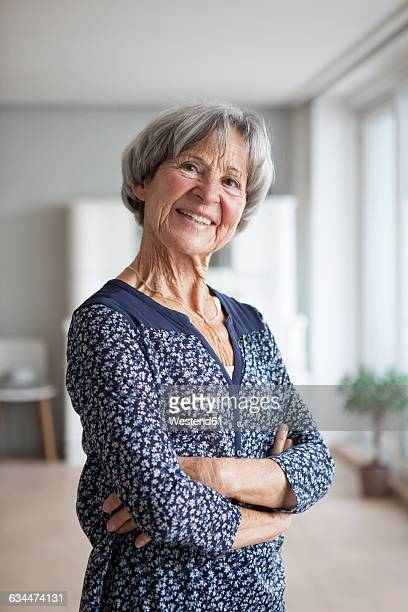 Frau 70 Jahre Stock-Fotos und Bilder | Getty Images