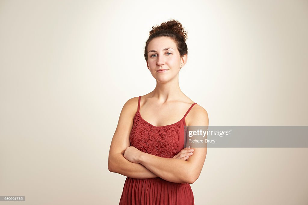 Portrait of confident young woman : Stockfoto