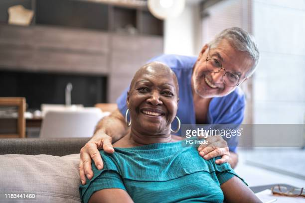 portrait of doctor and patient - patience stock pictures, royalty-free photos & images