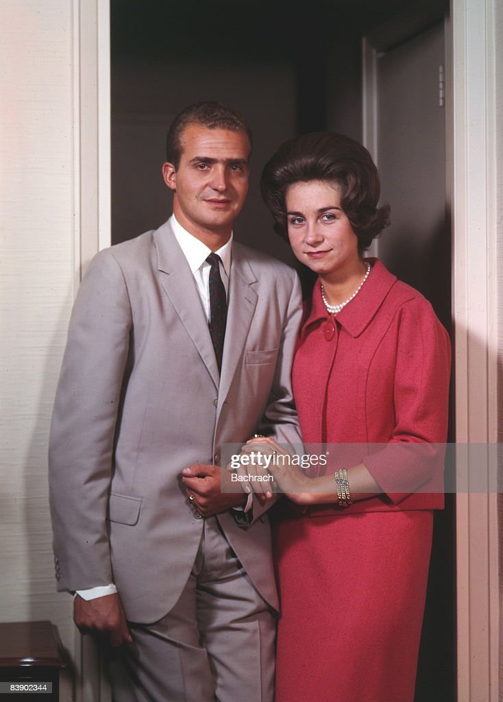 King Juan Carlos I and Queen Sophia : News Photo