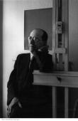 Portrait of dutch painter piet mondrian leaning on his easel january picture id53466131?s=170x170