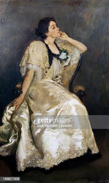 Portrait of Eleonora Duse Italian theatre actress Oil on canvas by Michele Gordigiani Rome Raccolta Teatrale Del Burcardo