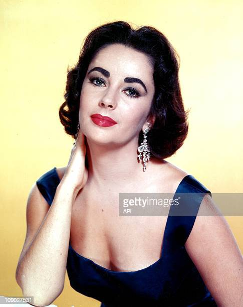 Portrait of Elizabeth Taylor in the 1950s.