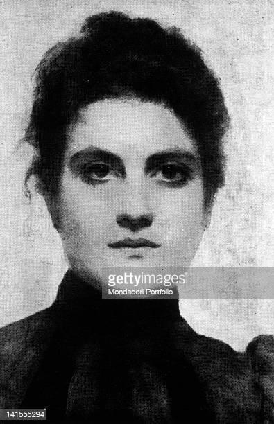 Portrait of Elvira Natalia Leoni Fraternali nicknamed Barbarella one of Gabriele D'Annunzio's mistresses Eighties of 19th Century