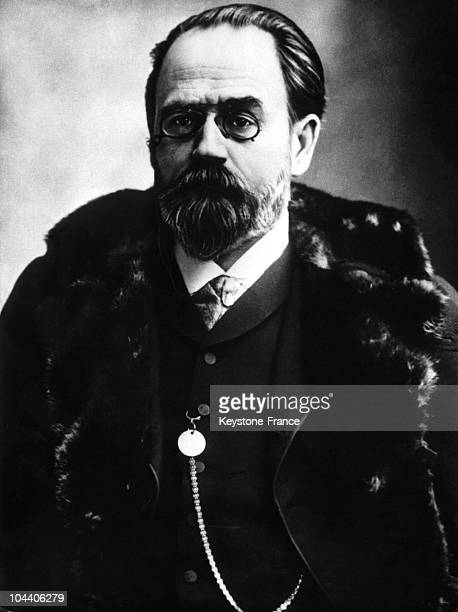 Portrait of Emile ZOLA a naturalist and serial writer around 1880 He was about 40 and at that time wrote the series the ROUGONMACQUART in which he...
