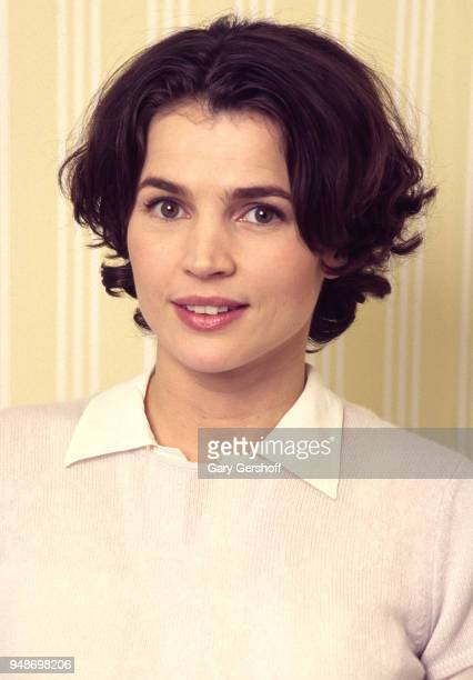 Portrait of English actress Julia Ormond at the Essex House New York New York November 20 1995 She was there during a press junket for her film...