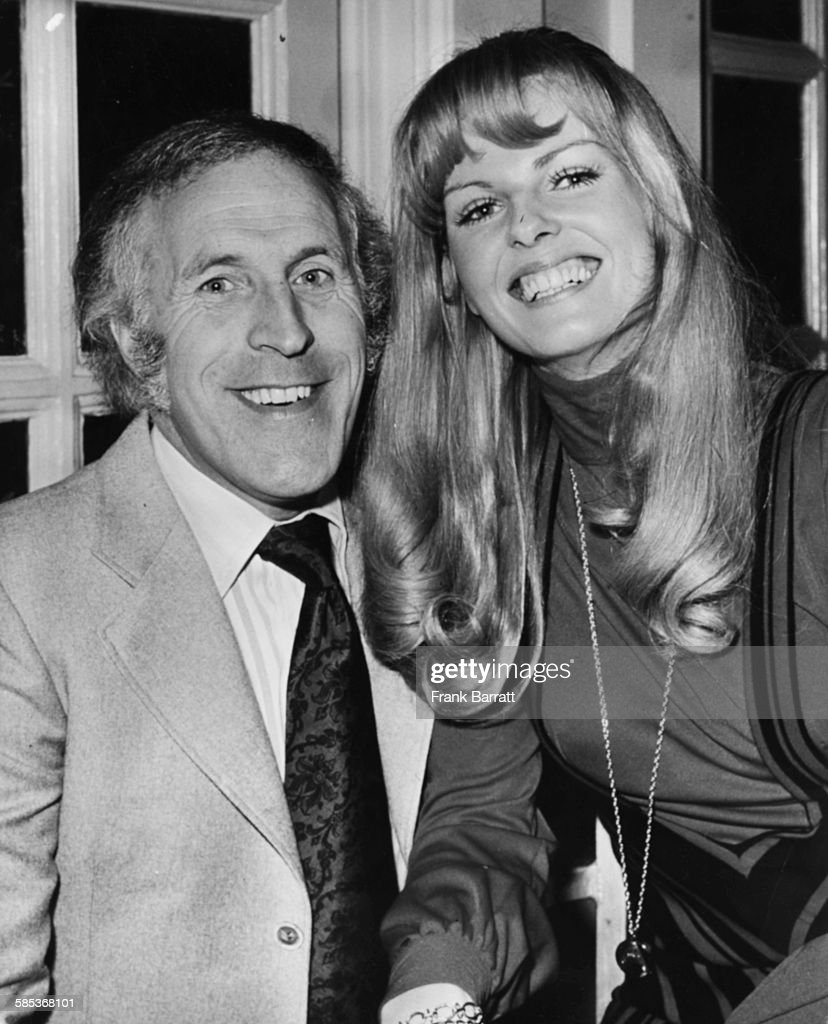 Bruce Forsyth And Anthea Redfern : News Photo
