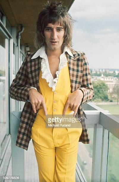 Portrait of Faces singer Rod Stewart circa 1974
