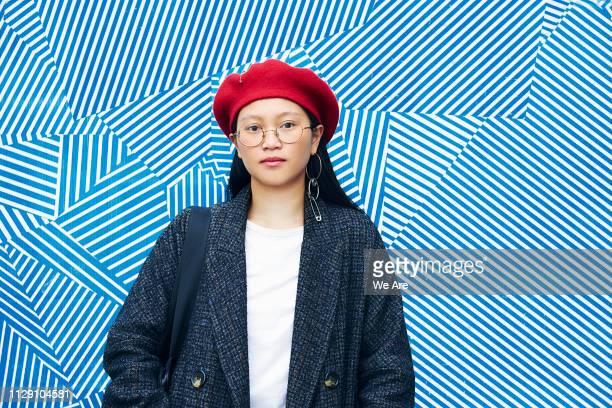 portrait of fashionable young woman - ベレー帽 ストックフォトと画像