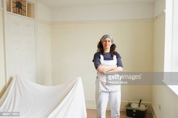 portrait of female painter and decorator - richard drury stock pictures, royalty-free photos & images