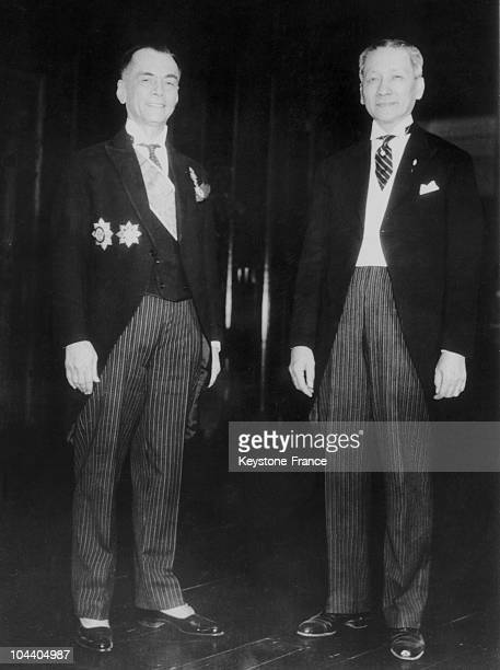 Portrait of Filipino president Manuel QUEZON and his vice president Sergio OSMENA between 1935 and 1941 when the Philippines were an autonomous...