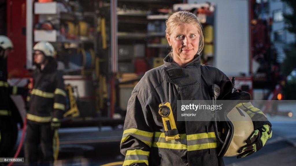 "Portrait of firefighter""n : Stock Photo"