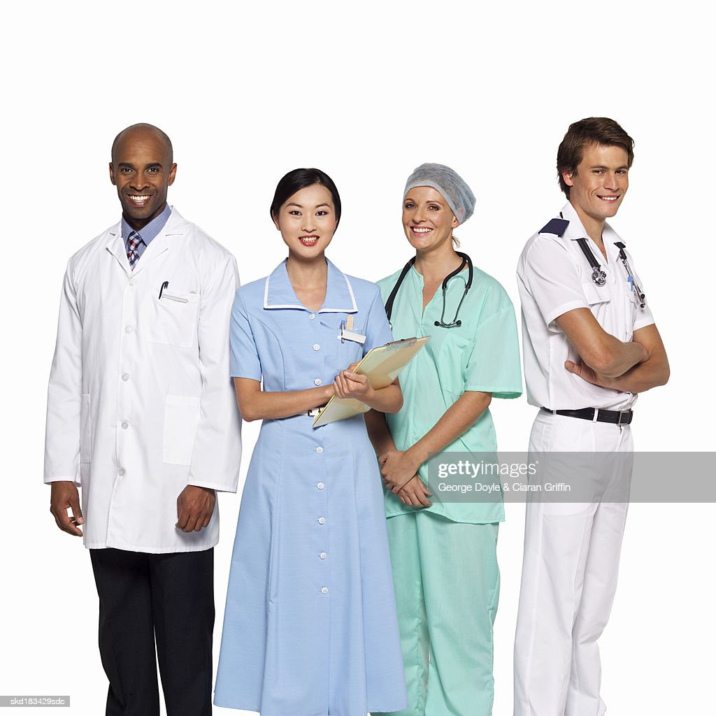 portrait of four medical professionals ストックフォト getty images