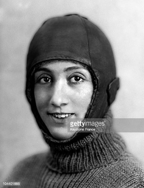 Portrait of French female pilot Adrienne BOLLAND wearing her pilot costume in 1920's On 27 May 1924 the young woman on board her Caudron 127 beat the...