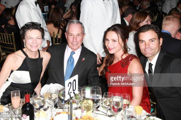 Portrait of, from left, Diana Taylor, New York City Mayor Michael Bloomberg, his daughter, Georgina Bloomberg, and Ramiro Quintana as they attend the...