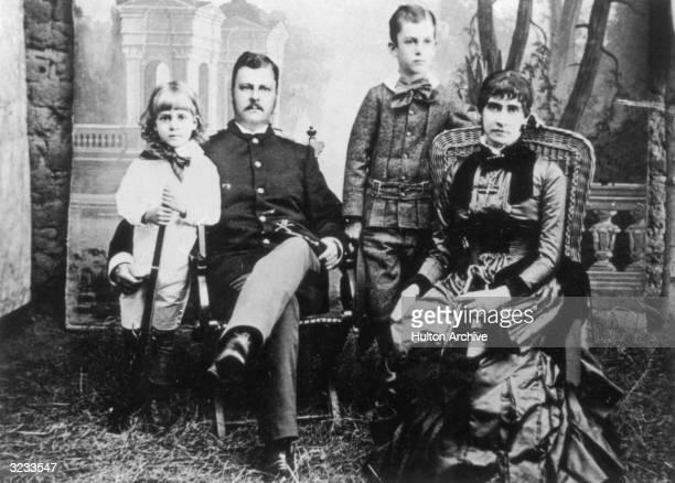 Portrait of General Arthur MacArthur and his family San Antonio Texas LR Douglas MacArthur General Arthur MacArthur Arthur MacArthur Jr and Mrs...