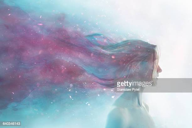 portrait of girl merged with cosmos - traumhaft stock-fotos und bilder
