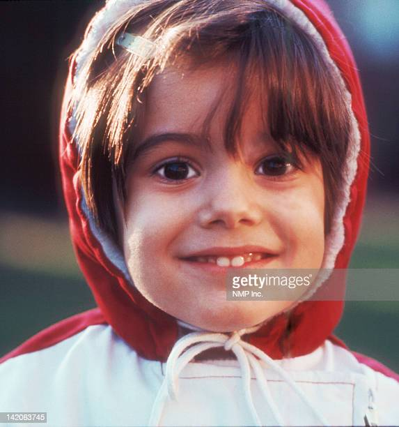 portrait of girl smiling - ridgewood new jersey stock pictures, royalty-free photos & images