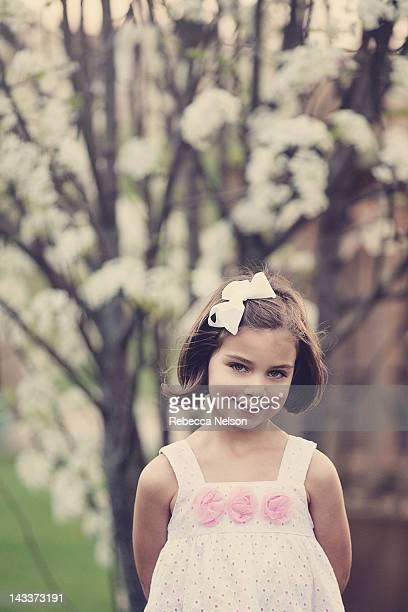 portrait of girl smiling - rebecca nelson stock pictures, royalty-free photos & images