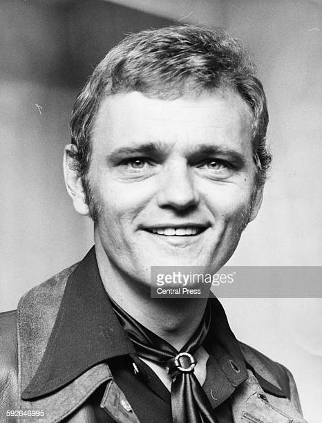 Portrait of guitarist Jerry Reed, writer of the Elvis Presley song 'Guitar Man', in London, April 29th 1971.