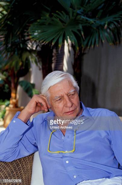 Portrait of Gunter Sachs while relaxing and posing in Sankt Tropez France 2000s