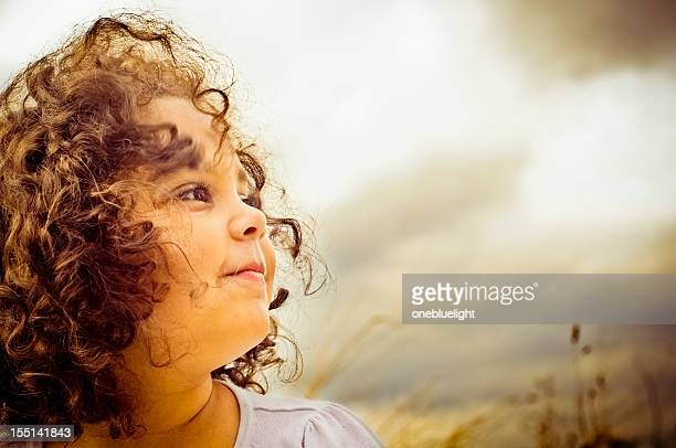 portrait of happy 5 years old child - 4 5 years stock pictures, royalty-free photos & images