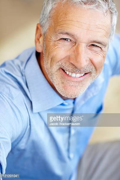 Porträt von glücklich Reifer Geschäftsmann Lächeln