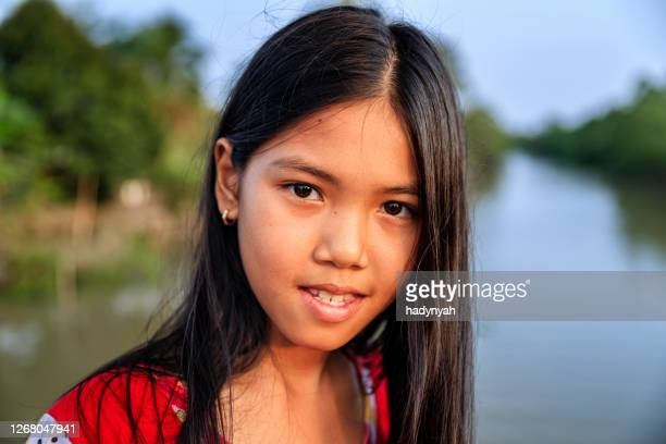 Young vietnamese girls