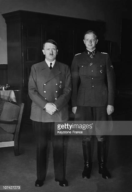 Portrait Of Hitler And The Ss Klingenberg In Belgrade On May 17Th 1941