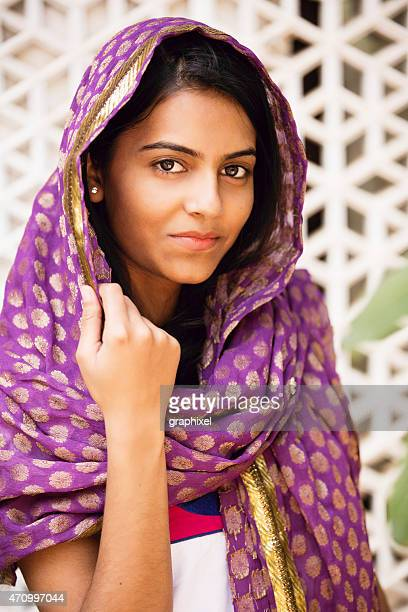 portrait of indian woman - bindi stock pictures, royalty-free photos & images