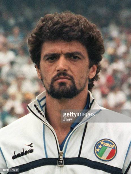 Portrait of Italian forward Alessandro Altobelli taken 17 June 1986 in Mexico City before the start of the World Cup soccer match between Italy and...