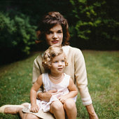 Portrait of jacqueline kennedy and her daughter caroline as they sit picture id953596642?s=170x170