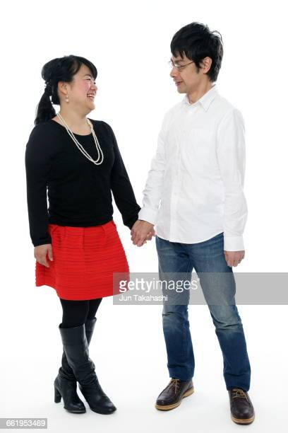portrait of japanese couple - 長袖 ストックフォトと画像