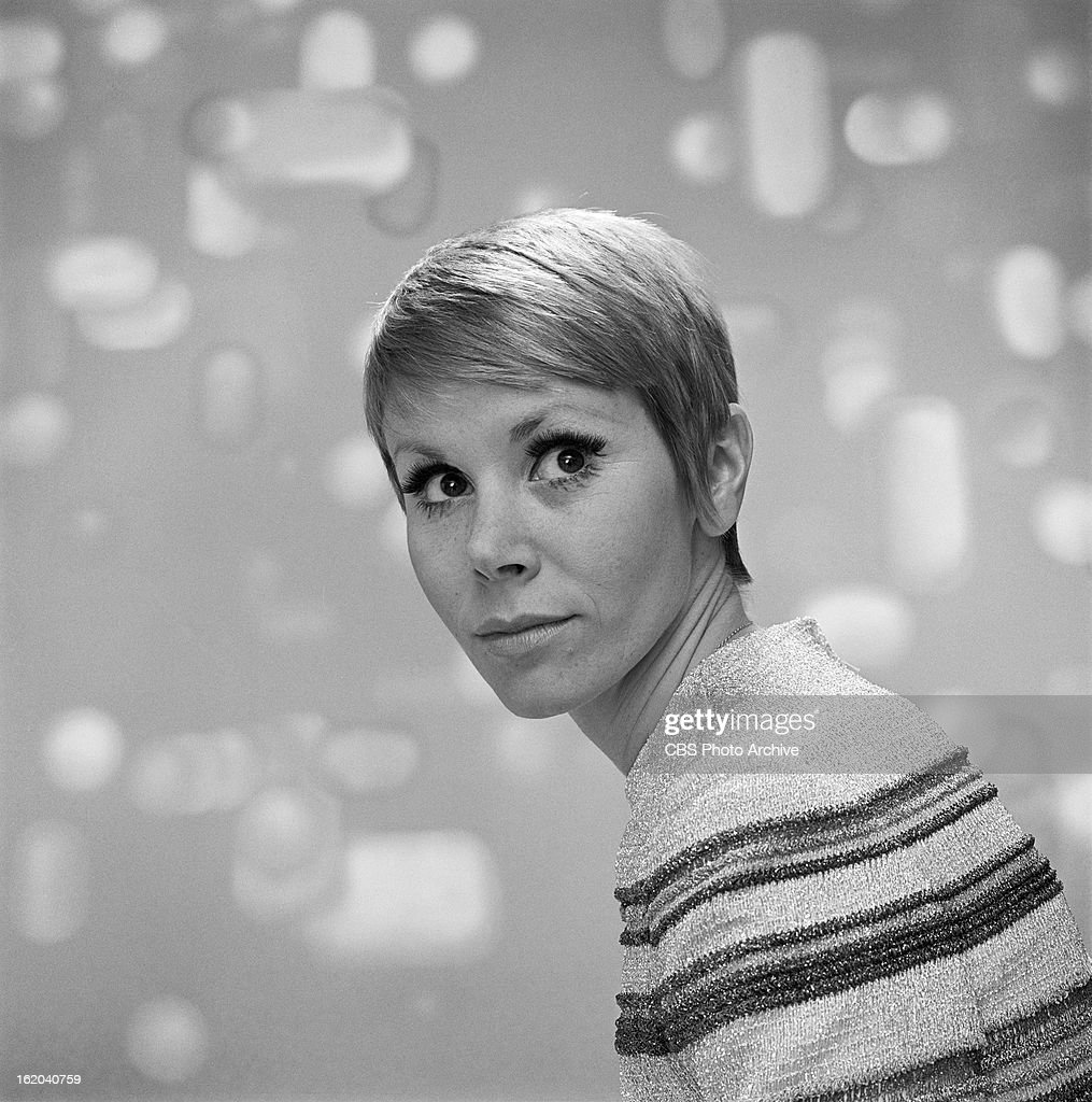 UNS: In Focus: Actress Judy Carne Dies At 76