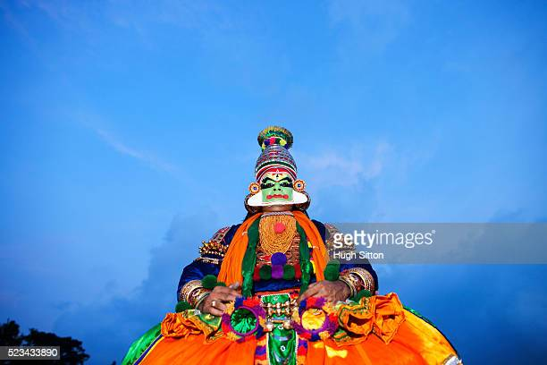 portrait of kathakali dancer, kerala, southern, india - hugh sitton india stock pictures, royalty-free photos & images
